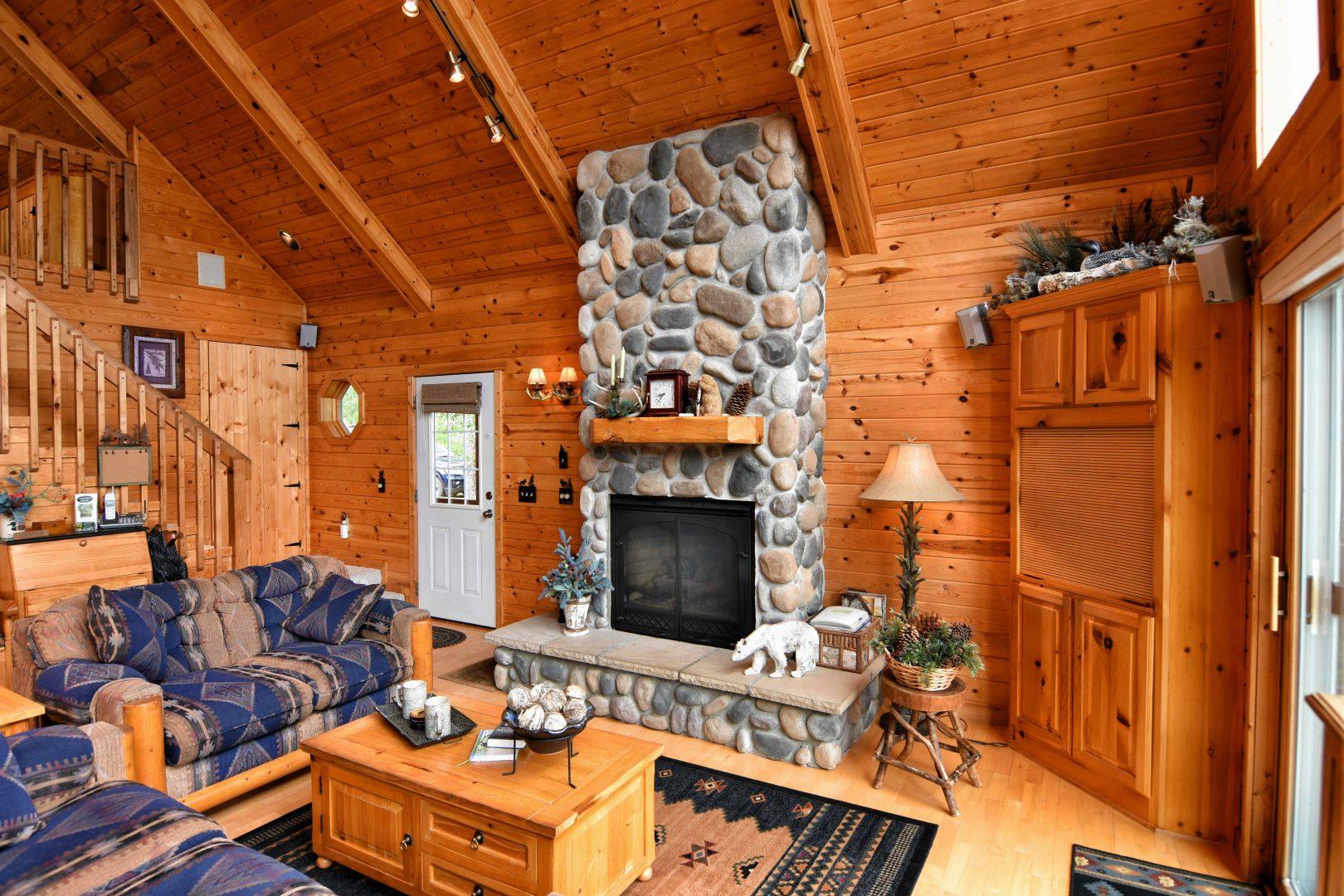 Minong Wisconsin Real Estate Virtual Tour